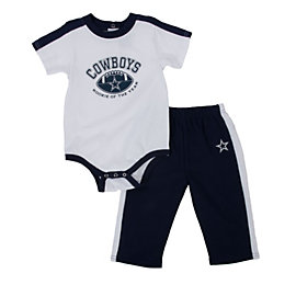 Dallas Cowboys Infant Onesie and Pant Set